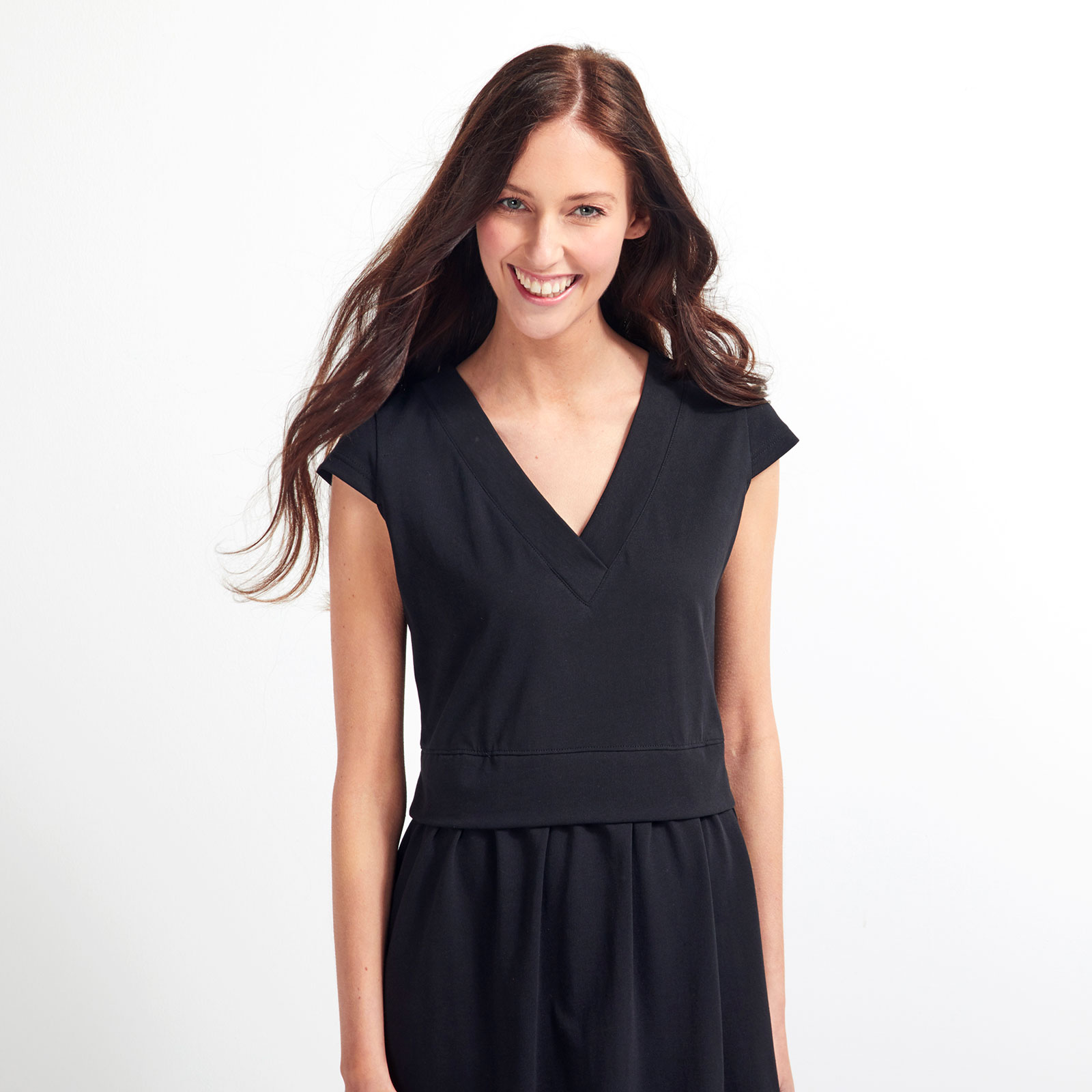 Uhana Designin mekko Sanna Marinin päällä Voguessa lisäsi kiinnostusta – ulkomaisten kävijöiden määrä verkkokaupassa tuplaantui